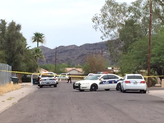 Man wounded in south Phoenix shooting