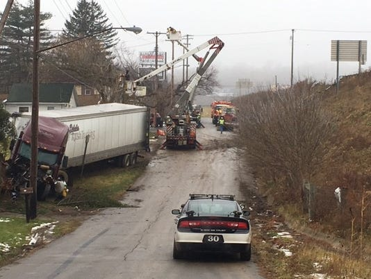 truck-goes-down-off-US-30.jpg