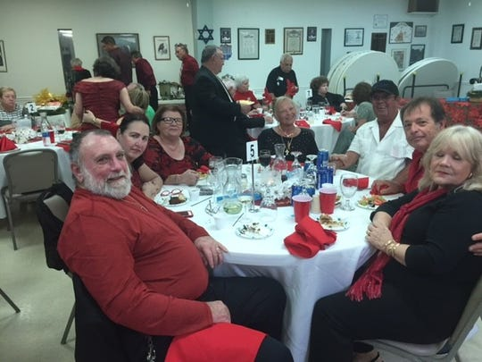 Al Liscio, Sandra Liscio, Rose Arciprete, Bernadette Bodnar, Mr. Bodnar, Joe Sapienza, Carol Sapienza enjoyed the evening.