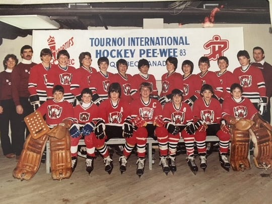 Flashback to Patrice Robitaille's tournament team back in the day. (He's standing, fifth player from the right.)