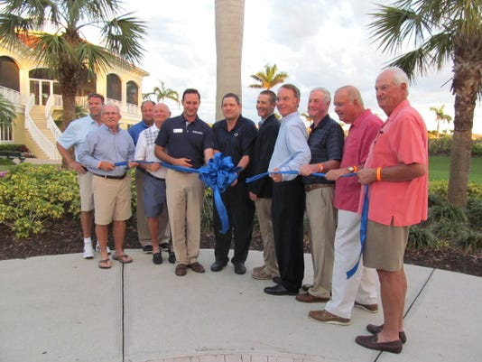 636547510789474429-Naples-Lakes-ribbon-cutting.jpg