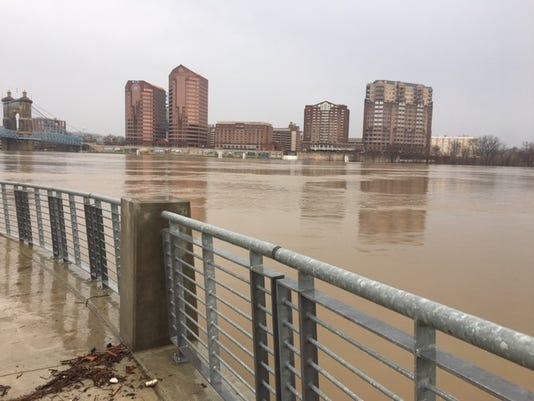 636596406181308226-floods.jpg