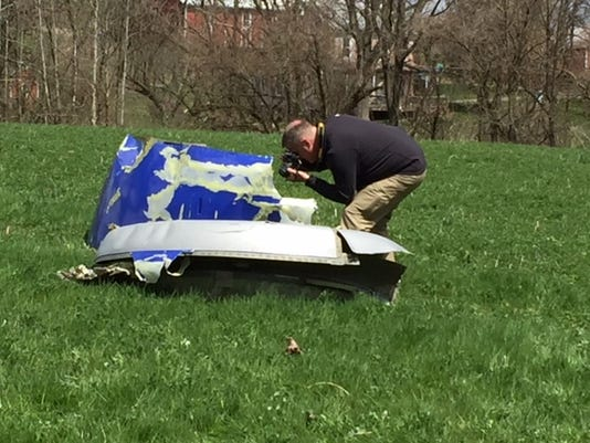 636596571431072251-plane-debris-berks.JPG