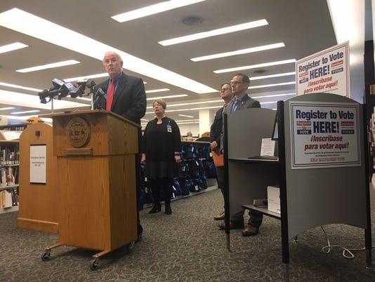 Tom Barrett launches voter kiosks