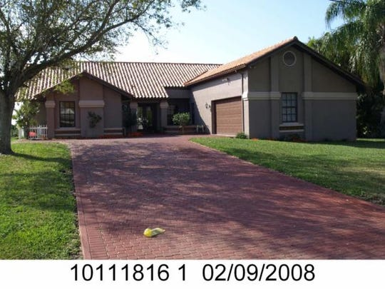 This home at 334 Bayshore Drive, Cape Coral, recently sold for $935,000.