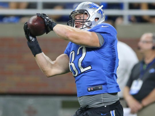 Tight end Matthew Mulligan, who took up football in college, has played eight NFL seasons with 10 teams.