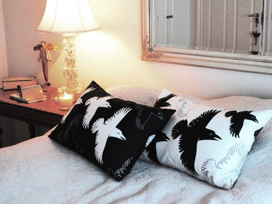 These raven pillows are from Sveinbjorg.is.