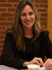 Sheronne Blasi, of the Oregon Audits Division, talks at the Statesman Journal on Feb. 3.