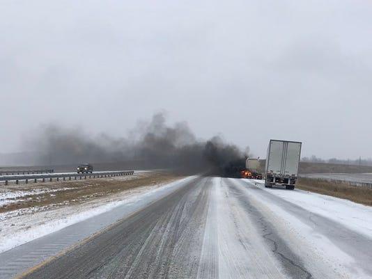 636513492925272307-semi-truck-fire.jpg