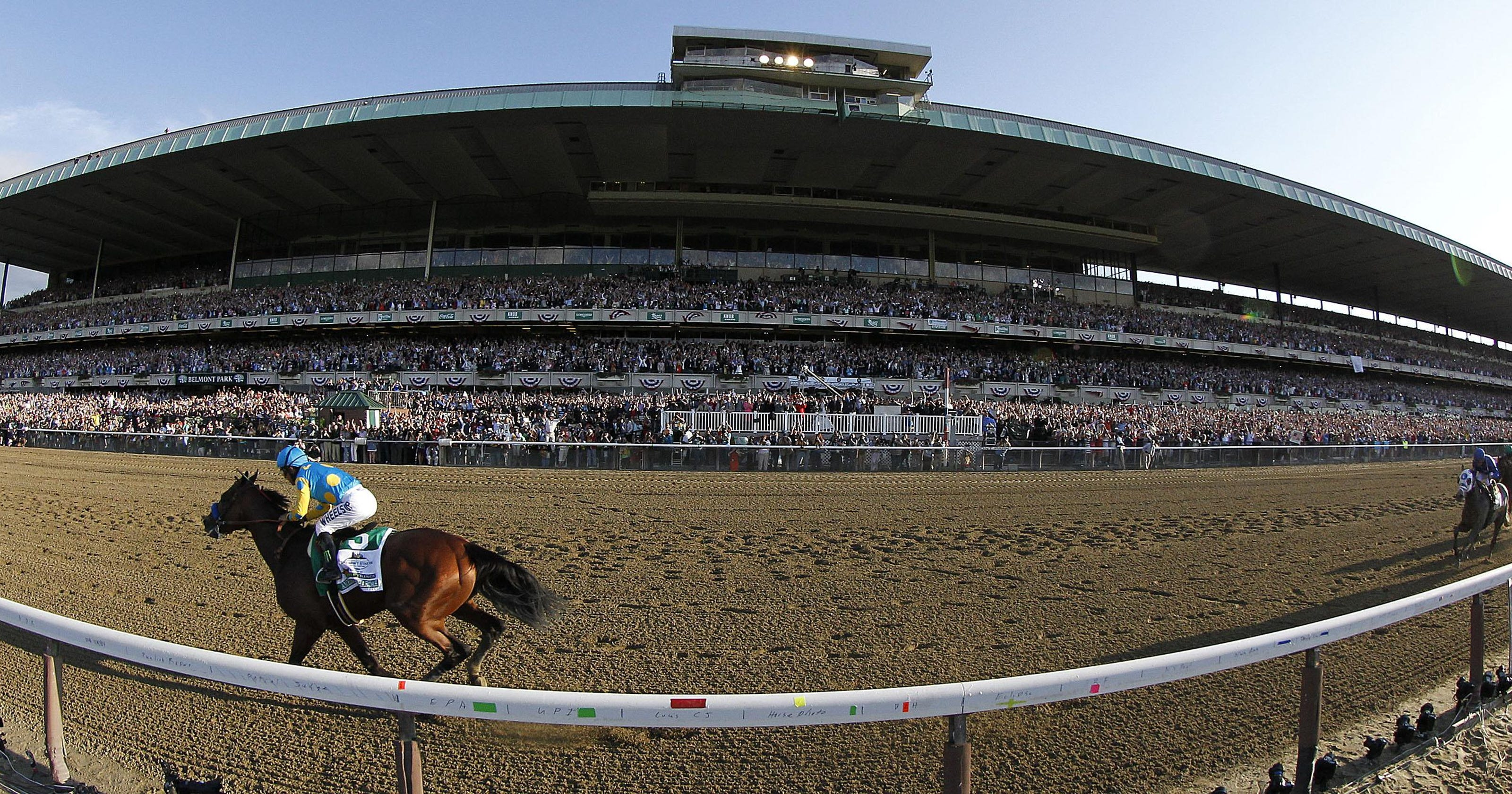 Breeders Cup S Fall Date In Kentucky Hopes For Bump From
