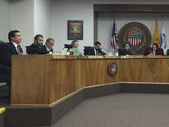 The Santa Fe City Council has agreed to move ahead with Ranked Choice Voting fin 2018 – while simultaneously appealing it to the state Supreme Court.