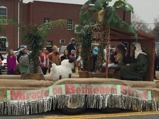 This float constructed by First Baptist Church received