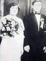 Couple to wed with family ring, exactly 100 years later