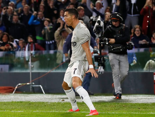 APTOPIX_Italy_Soccer_Serie_A_47446.jpg