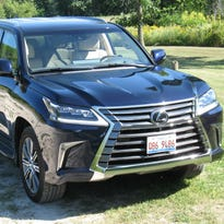 2017 Lexus LX 570 SUV has sweeping upgrades