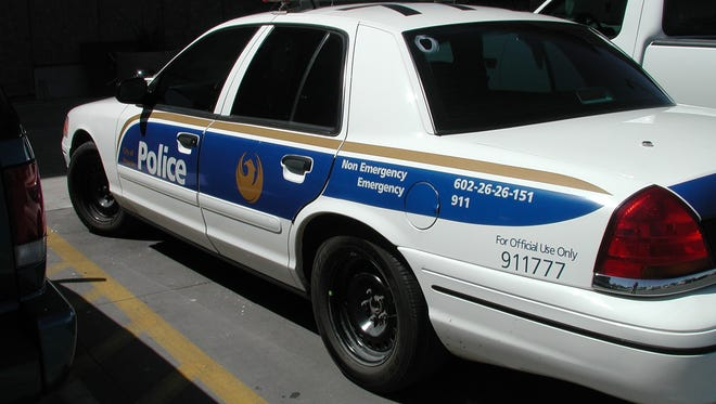 Federal safety regulators closed an investigation into steering complaints against the Ford Crown Victoria, often used as a police car, shown, or taxi, without ordering a recall of 500,000 of the older big sedans.
