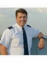 Brad Herriott became one of the youngest airplane captains for United Airlines.