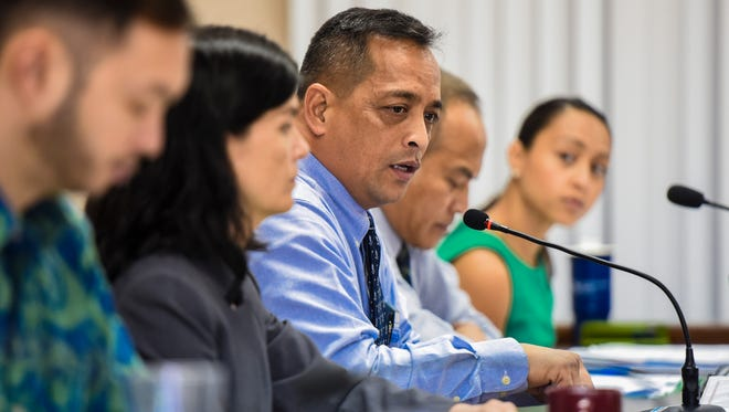 Sen. Frank Aguon Jr., center, speaks during a public hearing at the old Guam Legislature in Hagåtña on Monday, Feb. 20, 2017.
