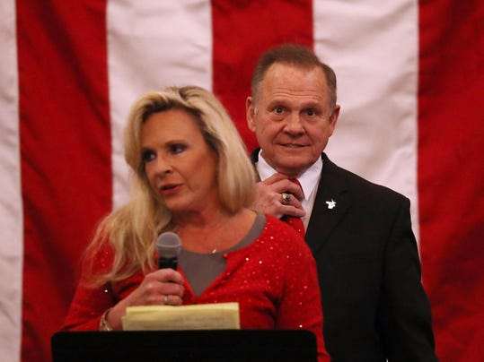 *** BESTPIX *** GOP Senate Candidate Judge Roy Moore Holds Rally On Eve Of Election