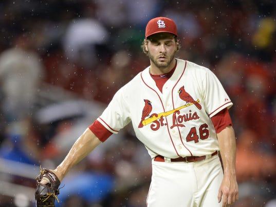 Padres Cardinals Base_Shie