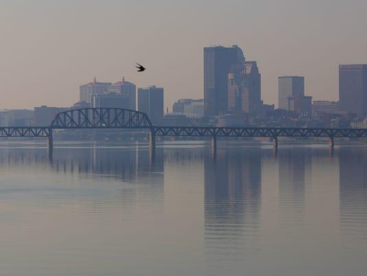 636118650330155027-smog-louisville-skyline.jpg