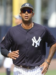 Yankees workout this afternoon. Aaron Hicks runs from