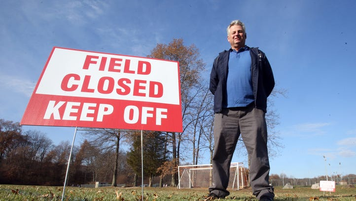 Rockland lawsuit pits Ed Day, county GOP boss vs. Turkey Bowl