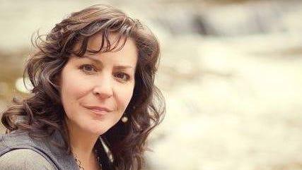 Singer/songwriter Kelly Cullen is an Ithaca High School graduate.