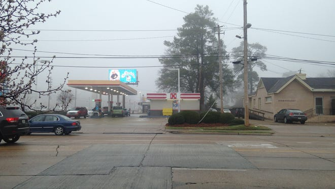 A Circle K and Shell gas station at the intersection of Pierremont Road and Line Avenue