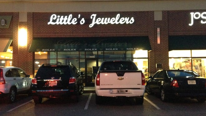 Jackson police are searching for a man suspected of stealing merchandise from Little's Jewelers on Wednesday afternoon.