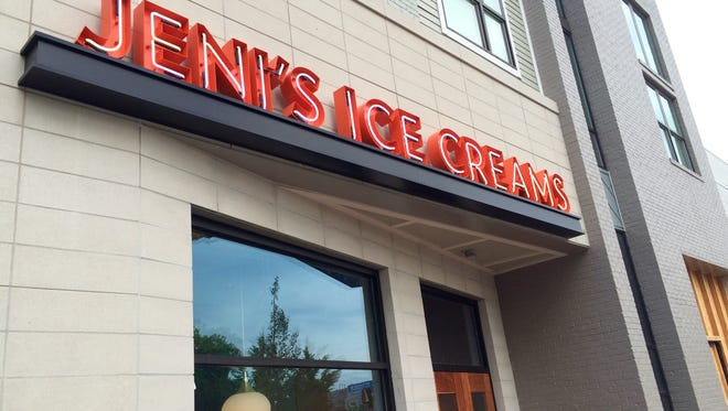 Jeni's Splendid Ice Creams has closed its scoop shops due to a second listeria scare.