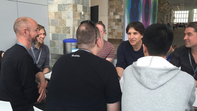 Jefferson Graham moderates the Talking Tech Roundtable podcast at the Apple developer conference.