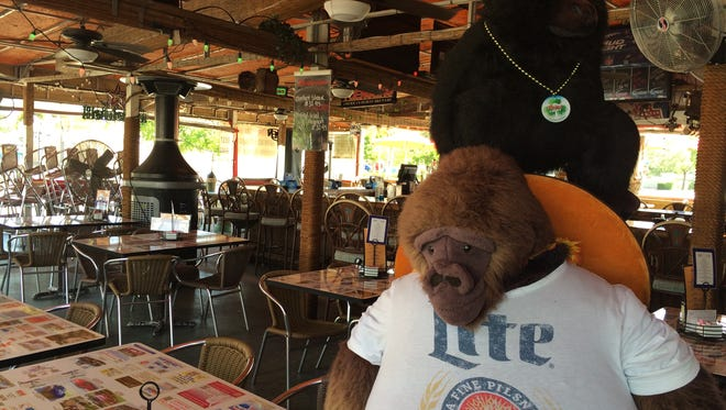 Gorillas, monkeys and primates of all sorts decorate the aptly named Monkey Bar.