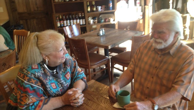 Lincoln County Food Bank board president Jamie Estes and secretary Pat Scott discuss the group's search for a new home.