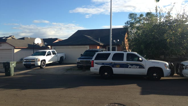 A 5-year-old girl suffered a gunshot wound to her leg in an apparent accident Friday morning, Phoenix police said.