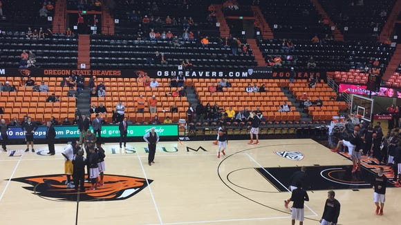 Oregon State hosts Valparaiso at Gill Coliseum on Nov. 24, 2015.