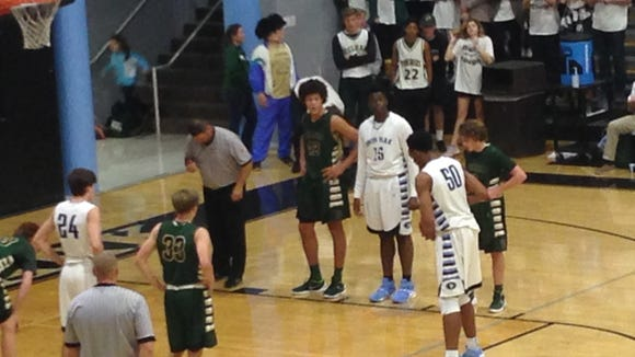 Spain Park center Austin Wiley (50) at the foul line