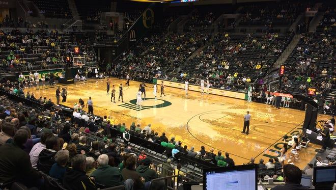 Oregon hosts UC Irvine on Tuesday night.
