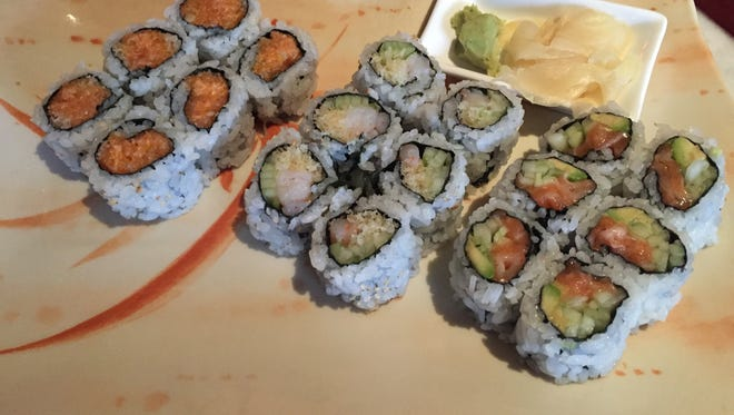 Enjoy all-you-can-eat sushi at lunchtime on weekdays.