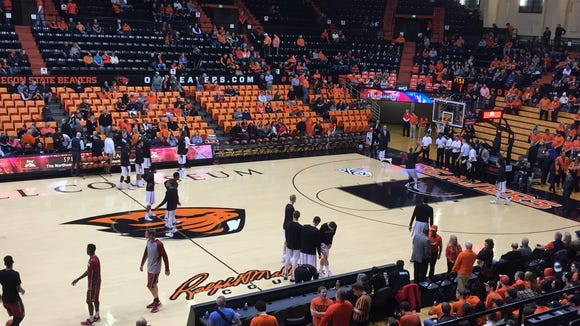 The Oregon State men's basketball team warms up before a Pac-12 matcup against Stanford on Jan. 6 at Gill Coliseum.