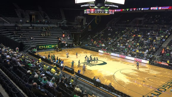 The Oregon women's basketball team hosts Utah on Friday