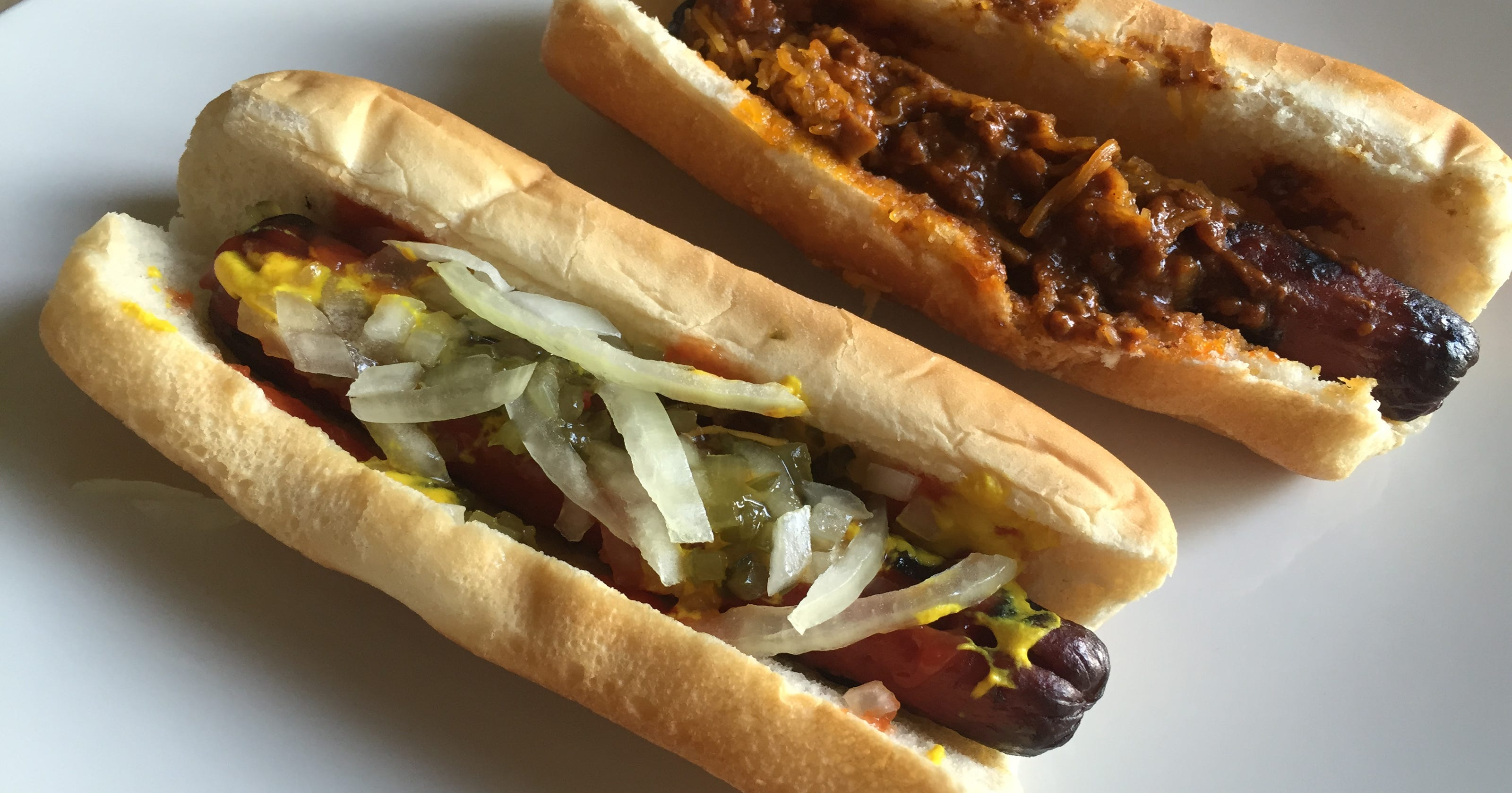 Taste test: The first-ever hot dogs at Burger King