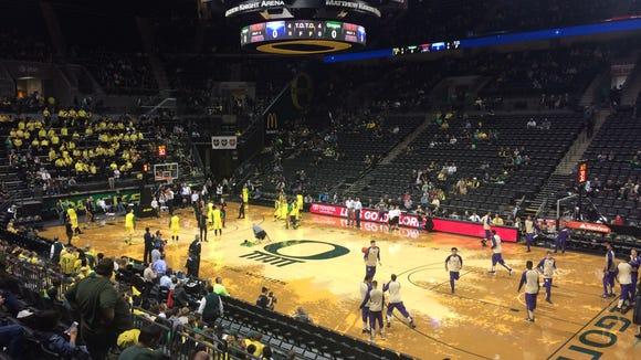 Oregon hosts Washington on Sunday.