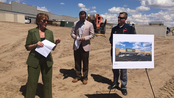Wal-Mart and City of Las Cruces officials celebrate groundbreaking on the new Neighborhood Market at 150 N. Sonoma Ranch Blvd. recently.