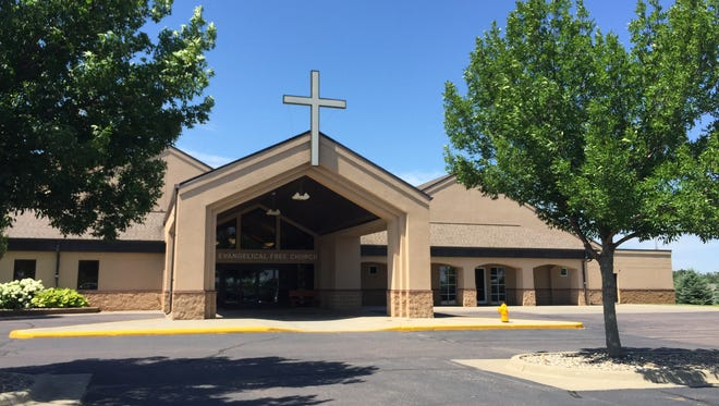 First Evangelical Free Church at 2601 W. 69th St. will be the new home of a parend-led Christian elementary school.