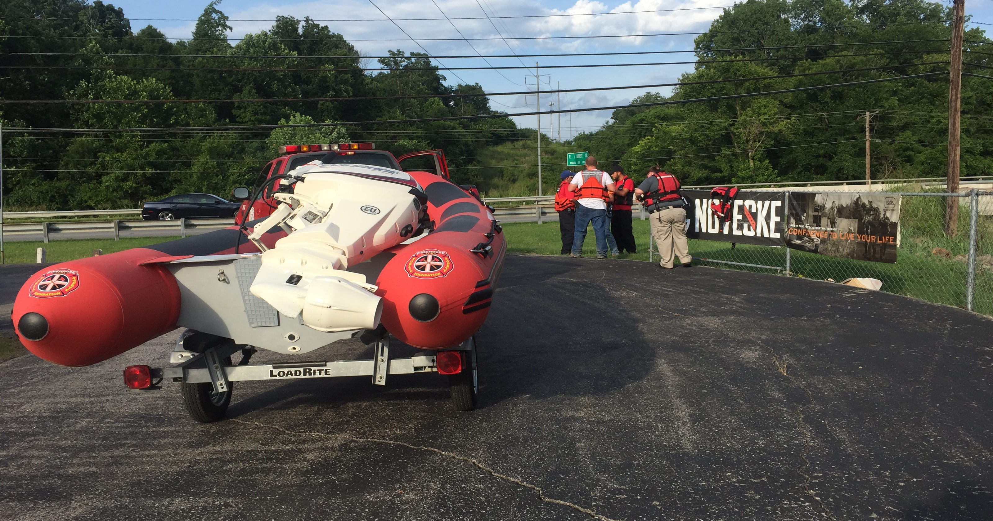 Rescue squad looking for person in Ringgold Creek