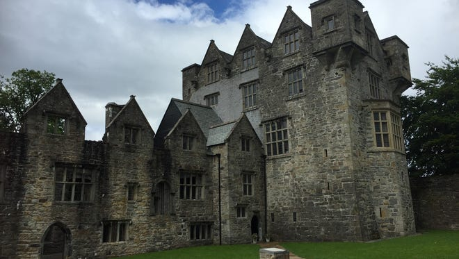 The Olde Castle Bar in Donegal Town lies in the shadow of the 15th-century Donegal Castle.