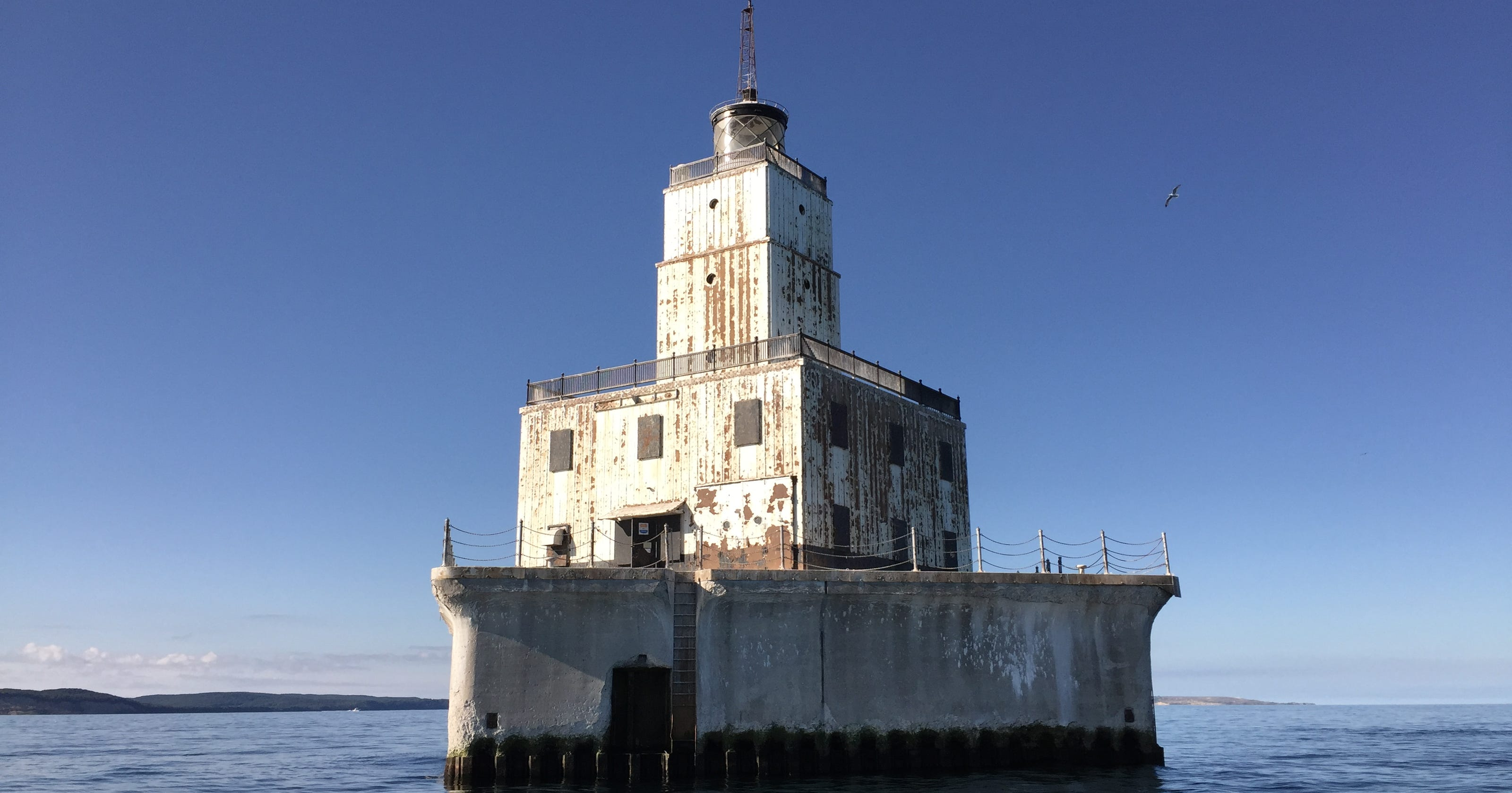For sale: 4 offshore Lake Michigan lighthouses