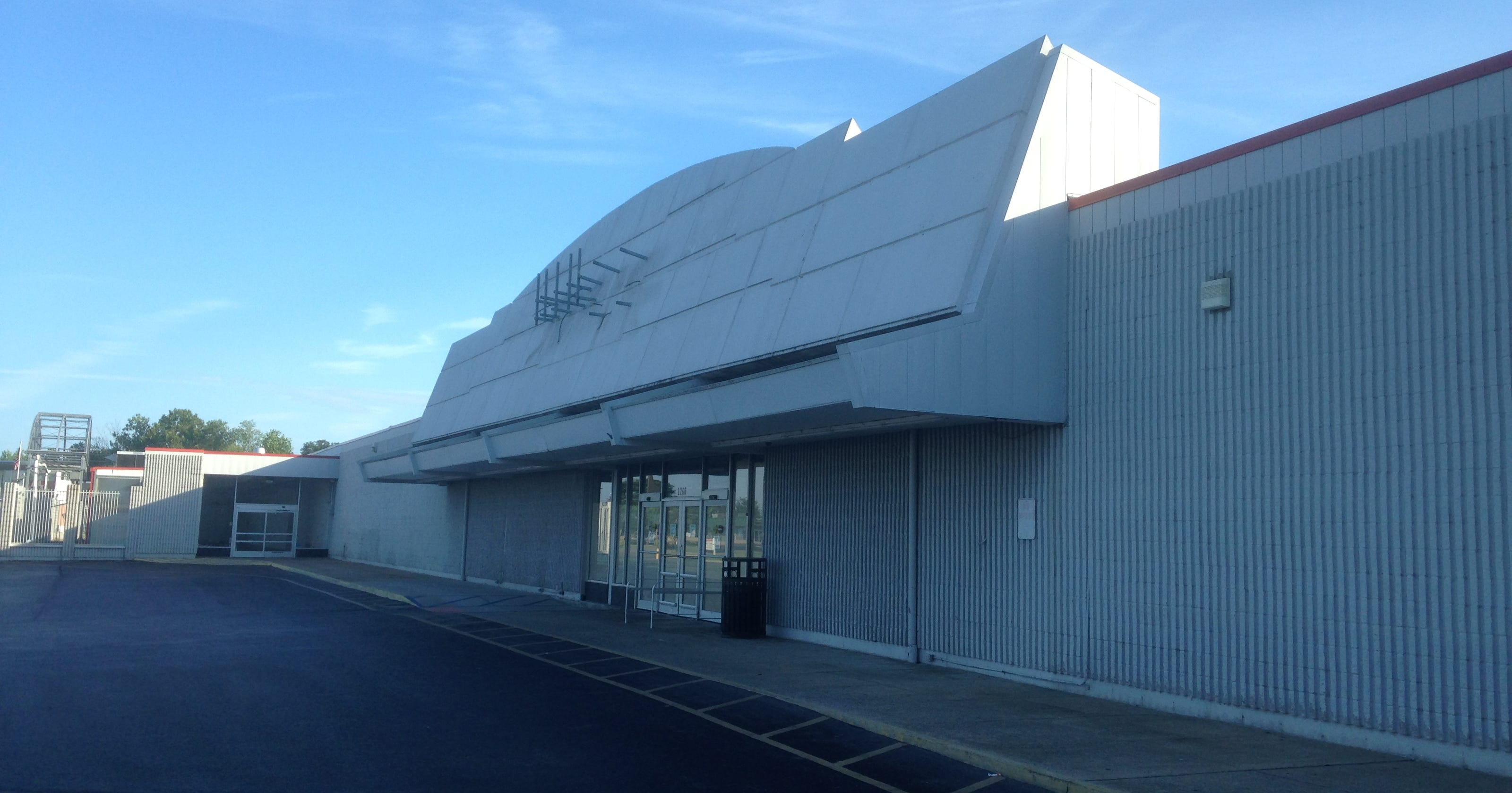 Big Lots to move into old Kmart