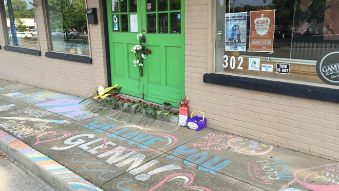 Local artist and art store owner Glenn Merchant died suddenly over the weekend and those who loved him are paying a colorful tribute because of his contributions to the local community.